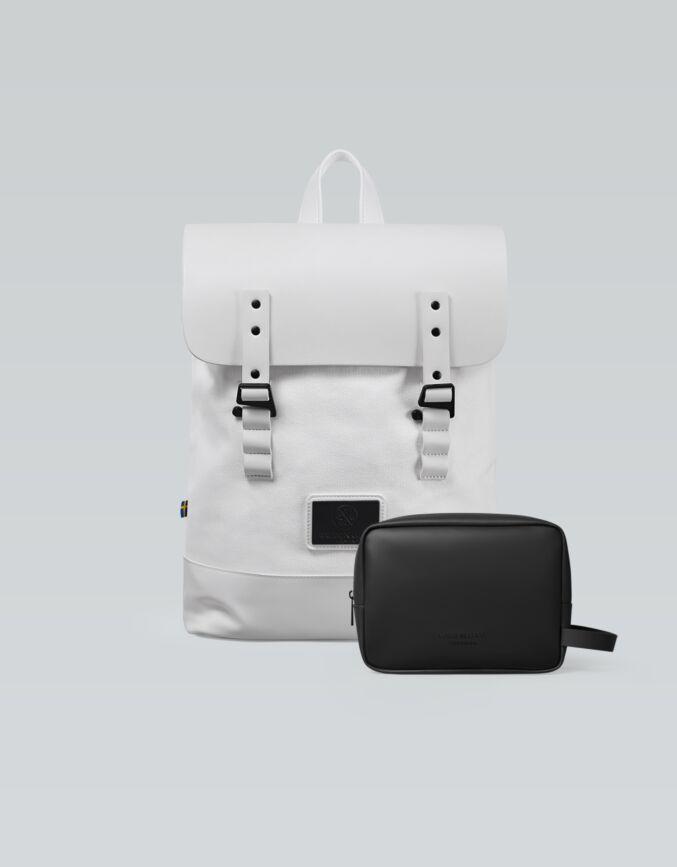 Pråper Backpack + Accessory Set (Worth € 178)