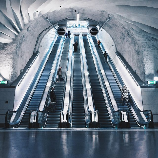 The entrance to the train station in central Stockholm, beautiful!⠀⠀⠀⠀⠀⠀⠀⠀⠀ ⠀⠀⠀⠀⠀⠀⠀⠀⠀ #stockholm #anywherewithgl #gastonluga