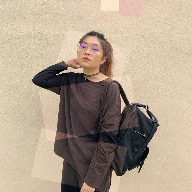"""You can wear black at any time. You can wear it at any age. You may wear it for almost any occasion."" ⁠ ⁠ Show us how you style your outfits with our backpacks by tagging us with any of our hashtags and get a chance to be featured! (Photo via @suezysays)⁠ ⁠ #BitenBlack⁠ #walkswithGL #anywherewithGL #gastonluga⁠"