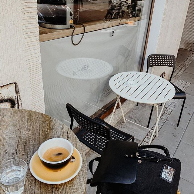 Take a step back and enjoy your Saturday a nice cup of coffee (Photo via @welcome_to_mycoffeeworld)  #ClässyBlack #walkswithGL #anywherewithGL #gastonluga