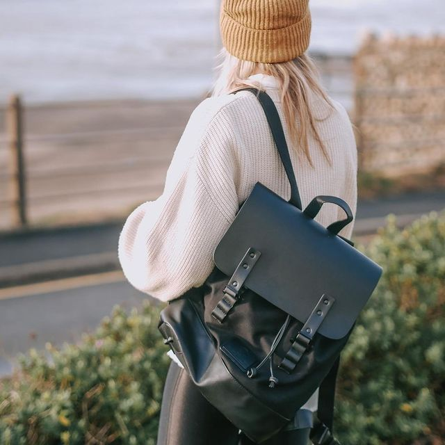 Going anywhere with your backpack for the weekend? We'd love to see what you are up to! Make sure to use #anywherewithGL in your photos and stand a chance to get featured!    (Photo via @emmafaith_x) #AnywhereWithGL #GastonLuga