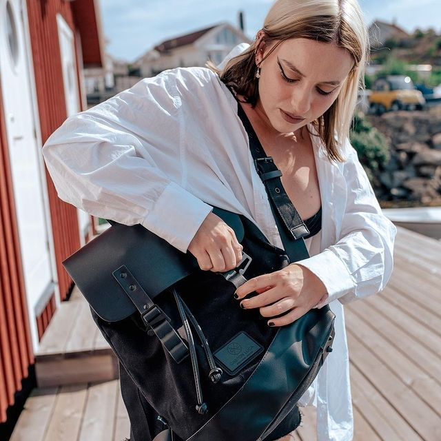 Featuring @rebeckabjurmell with Pråper in black. Take us with you on your journey with the following hashtags: #AnywhereWithGL #GastonLuga  (Photo by: @rebeckabjurmell) #pråperblack